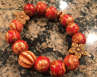 Red Floral Bead Bracelet