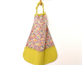 Lined in Liberty Phoebe multicolor pastel sponge canteen elasticated towel