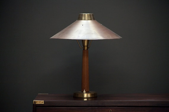 Model 716 brass table lamp by Hans Bergstrom for Ateljé Lyktan