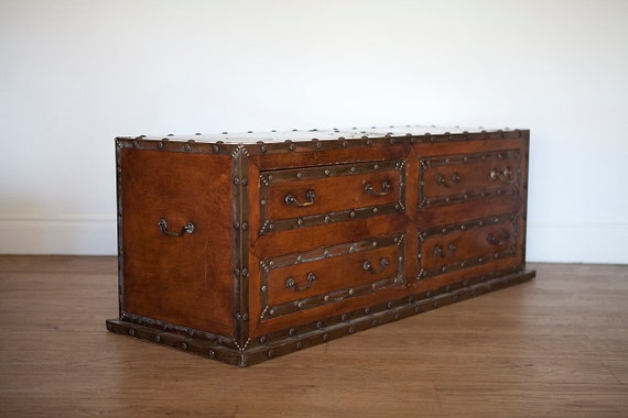 Stupendous Large Leather Trunk Or Ottoman Chest With Four Drawers Gmtry Best Dining Table And Chair Ideas Images Gmtryco