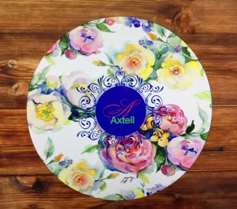 Floral Name Glass Cutting Board,Monogram chopping board,Flower Cutting Board,Wedding,Cooking Gift,Chopping board,Anniversary,Kitchen Gift