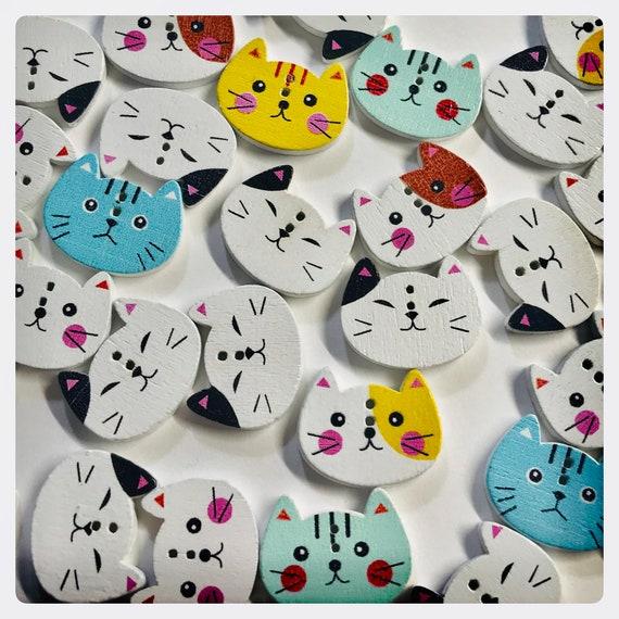 """5//8/"""" DIY 2-Hole 10 Cute Cartoon Cat Faces Wooden Buttons Scrapbook 15mm"""