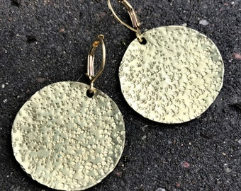 Hammered Brass Coin Earrings - round textured disc simple drop handcrafted geometric minimal jewelry