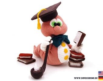 Bookworm crochet pattern amigurumi