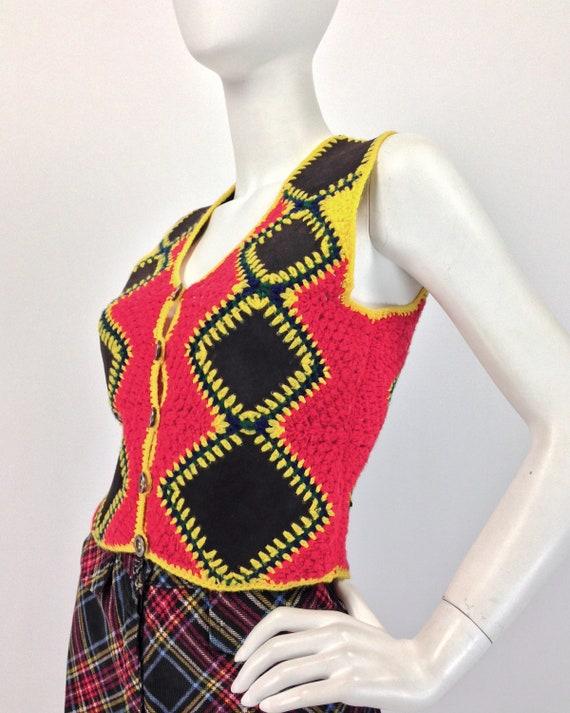 Vintage 70s Vest Top, Patchwork Vest, Crochet & S… - image 5