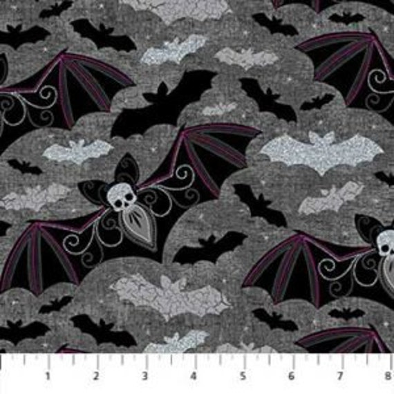 Elegantly Frightful GL22195-99 Multi 100/% Cotton Potions Northcott