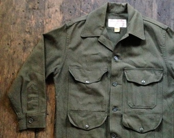 ea74cc4384291 1950s vintage green C.C. Filson Co cruiser union made wool mackinaw coat