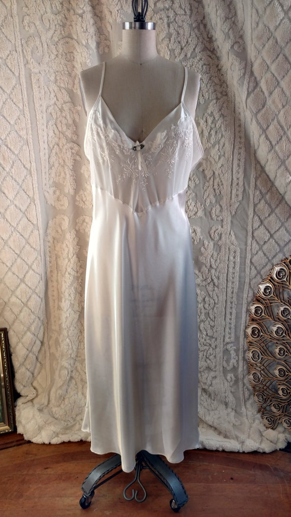 f3b26ccb97 VOLUP 80s Val Mode Nightgown   80s XL Pyjamas   1980s Bridal