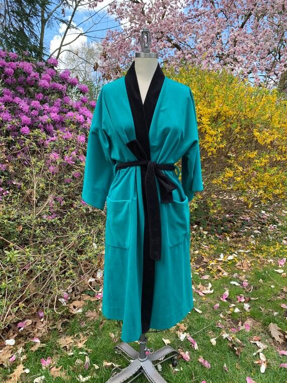 1960's Very Romantic Emerald Robe. Vanity Fair .