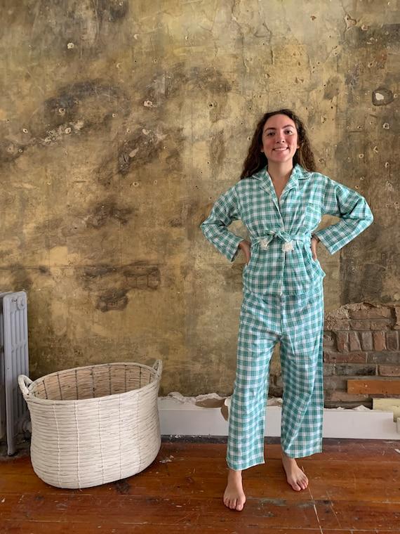 1960's Retro Flannel Pyjama Set . - medium