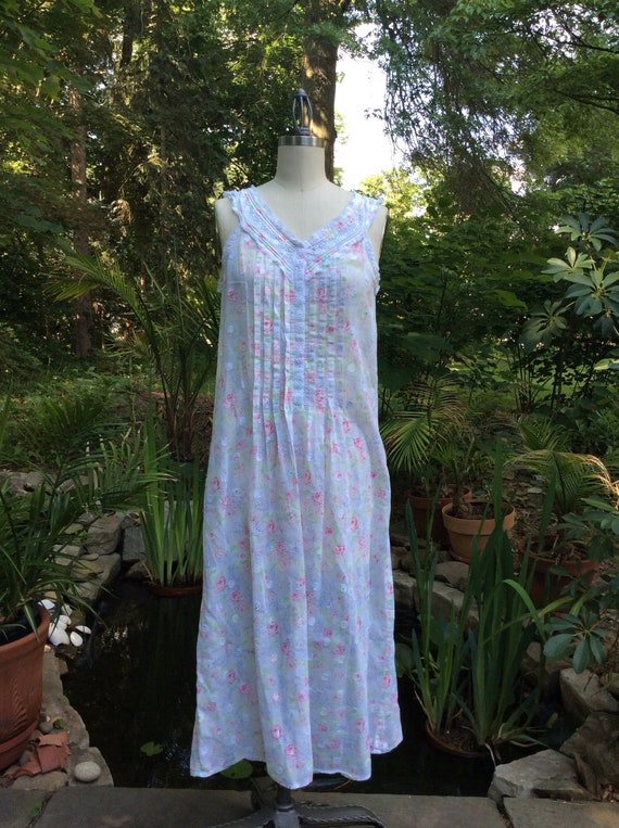 1990's Romantic Garden Gown . Eileen West . - medi