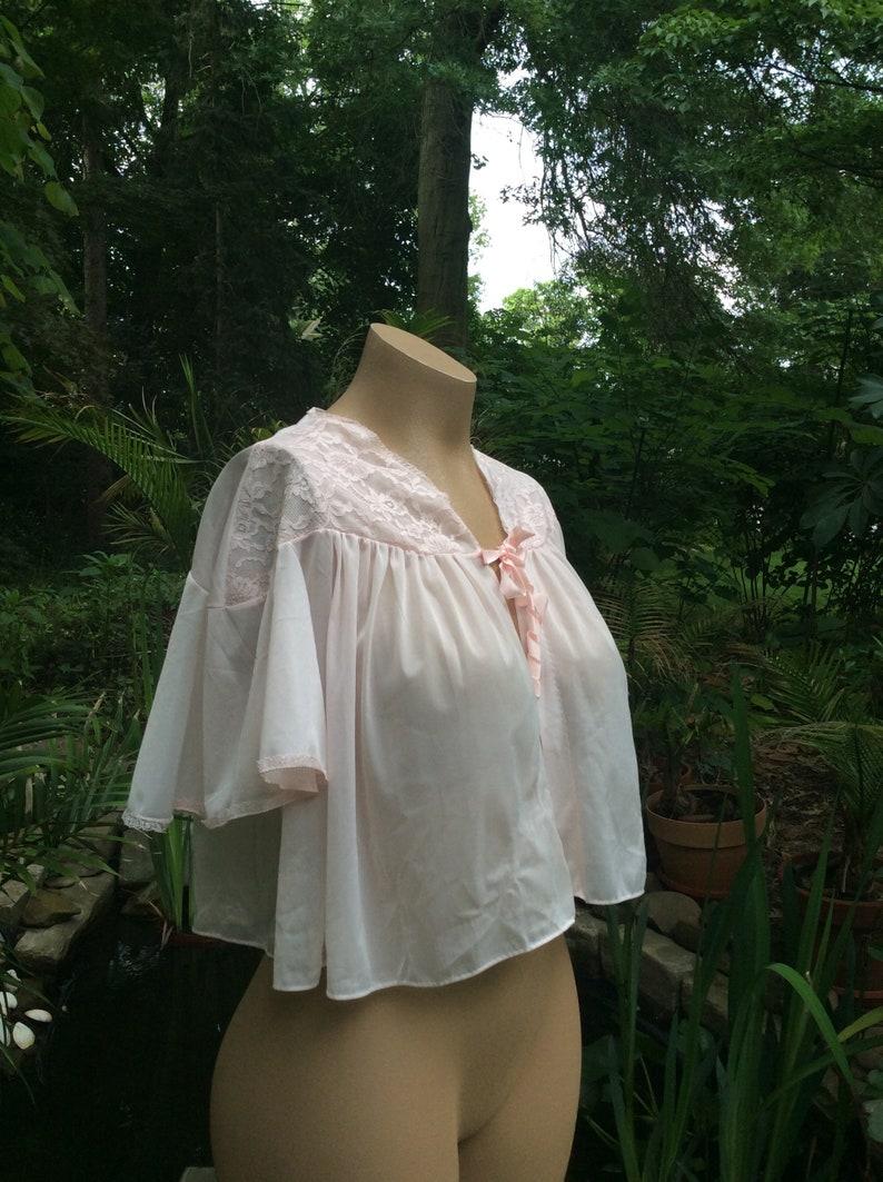 1950s Vanity Fair Bed Jacket   50s Pink Lace Sleepwear   1950 s Antique  Lingerie   50 s True Vintage Pajamas ... 07b78f3d6
