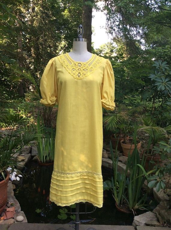 1960s Linen Sunshine Dress . Miss Elaine . - small