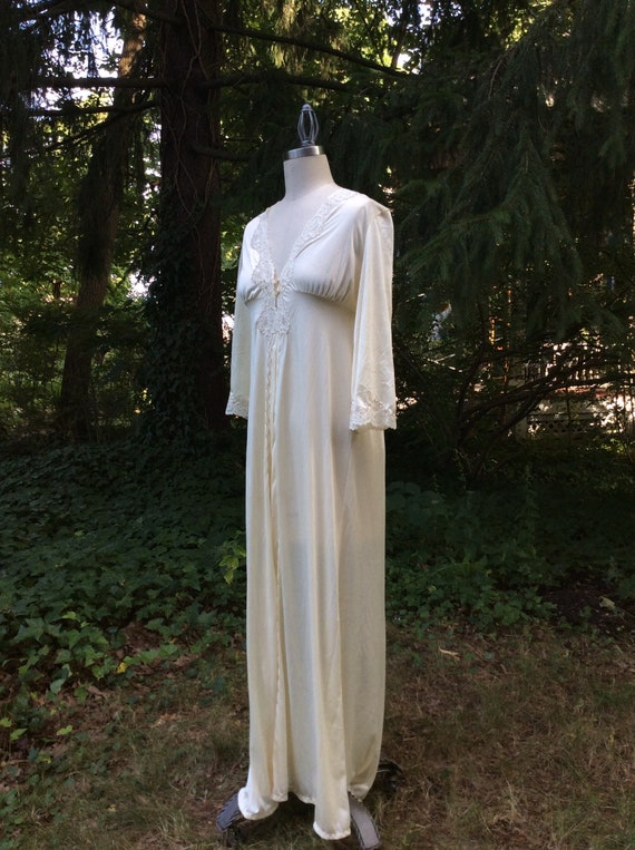 1960's Champagne Goddess Peignoir Robe - medium - image 3