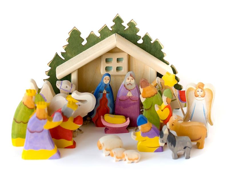 Nativity Scene Full Wooden Nativity Set Of 18 Hand Carved Figurines With Manger Creche Baby Jesus Angel Kings Shepherds Christmas Decor