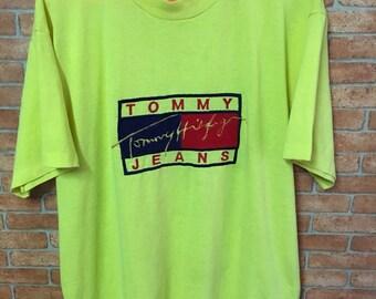e5d6f8547 Vintage Tommy Hilfiger Embroidery Big Logo Yellow L Tshirt