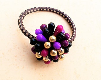 Hair gum with vintage beaded jewelry part