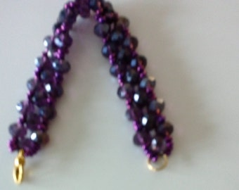 Bracelet with seed beads and faceted beads