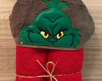 Hooded Towel, Grinch Hooded Towel, Grinch Bath Towel, Bath, Bathroom, Grinch Towel, The Grinch, Dr. Seuss