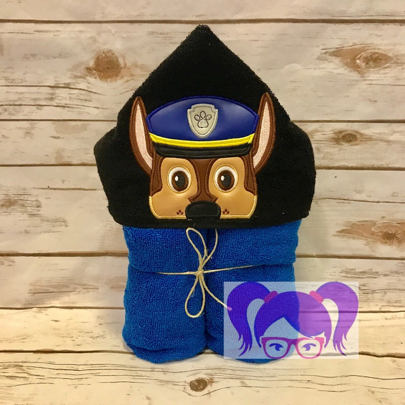 Chase Hooded Towel Paw Patrol Hooded Towel Marshall hooded image 0