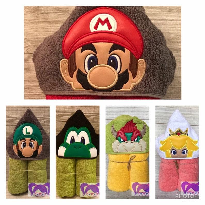Super Mario Brothers Hooded Towel Super Mario Hooded Towel image 0