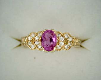 Diamond And Pink Sapphire Ring Set In 14K Gold Size 6.75