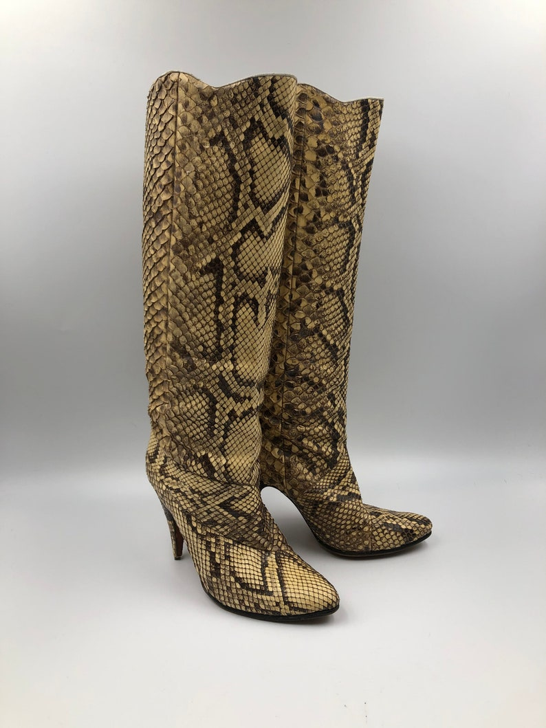 Beige python boots stilettos woman size EU 8 12 US 7 12.