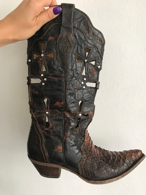 preview of shoes for cheap 2019 best Cowboy Boots Leather Western Style brown original designer boots decorated  metal fittings perforation and embroidery men's size 9 1/2.