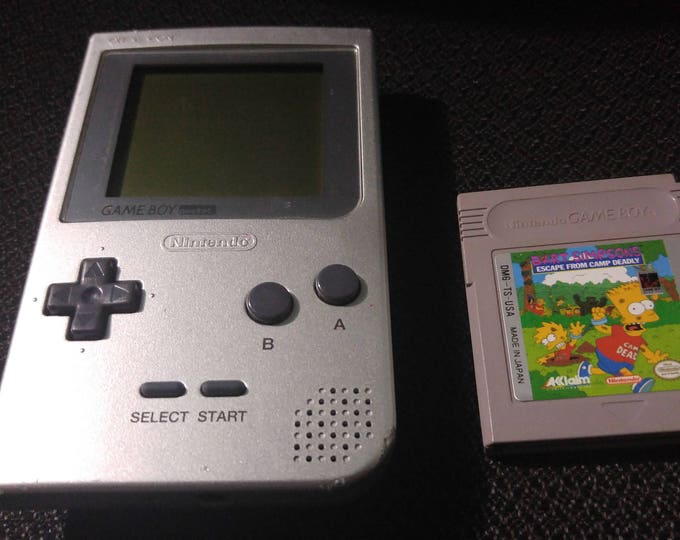 Silver Gameboy bundle