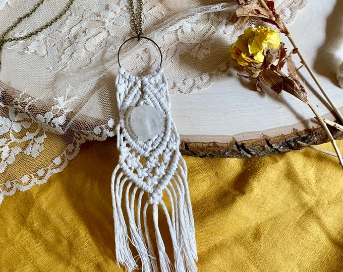 Handmade Macrame Necklace with raw quartz stone