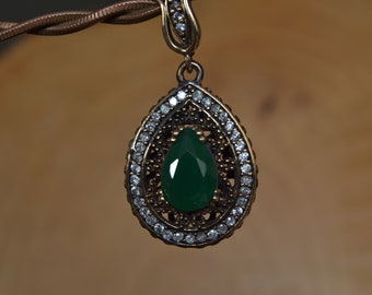 Silver Emerald pendant, Simple and Elegant Jewelry, mystery of the east Pendant, Complementing evening dress.