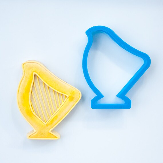 Harp Cookie Cutter