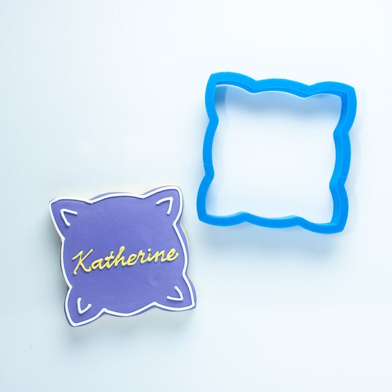 The Katherine Plaque Cookie Cutter