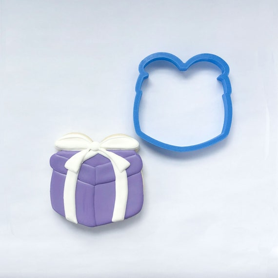 Chubby Gift Cookie Cutter | Birthday Cookie Cutters | Christmas Gift Cookie Cutter | Mini Cookie Cutter | Unique Cookie Cutters