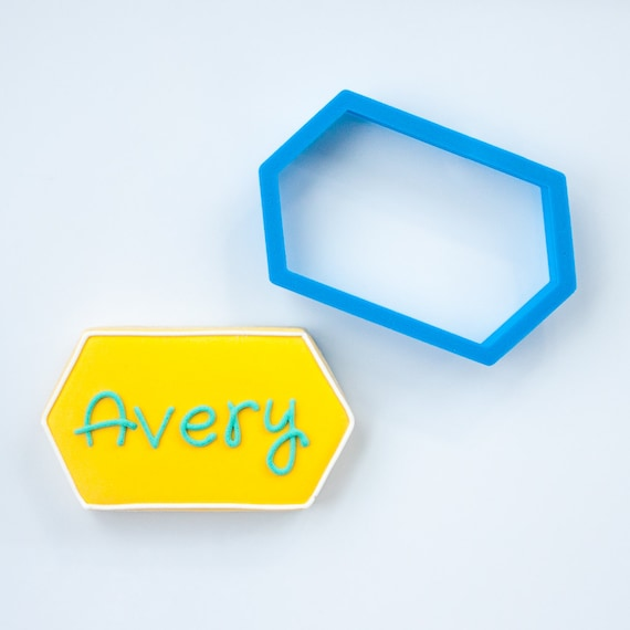 The Avery Plaque Cookie Cutter