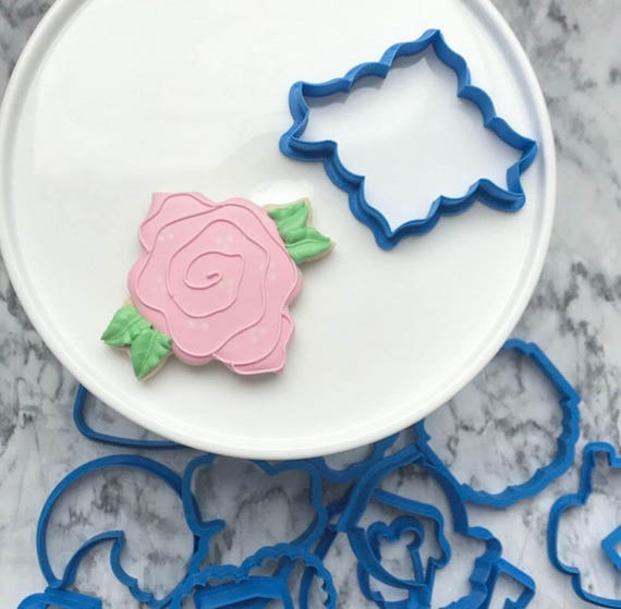 The Flour de Lis Flower Cookie Cutter