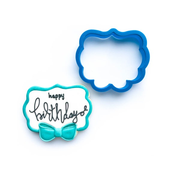 Plaque with Bow Cookie Cutter