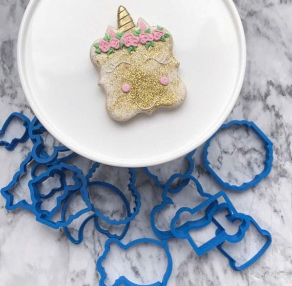 The Flour de Lis Unicorn Plaque Cookie Cutter