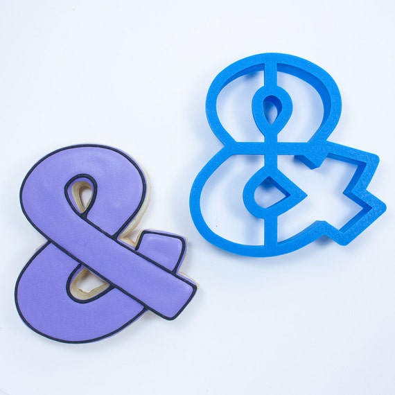 Ampersand Cookie Cutter (with inner cutouts)