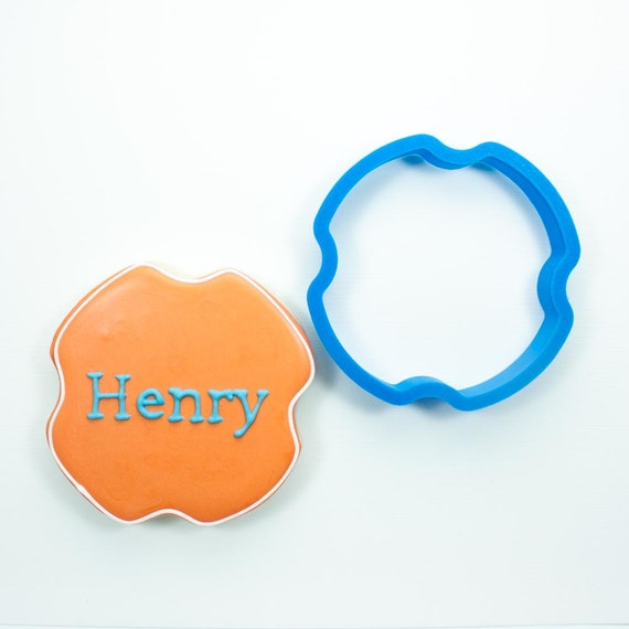 The Henry Plaque Cookie Cutter