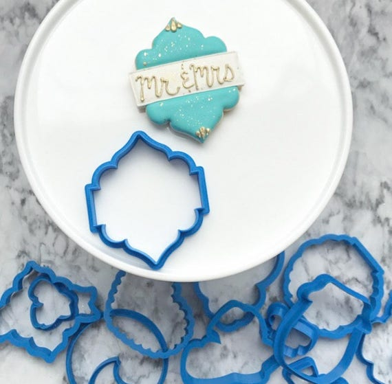 The Flour de Lis Wedding Plaque Cookie Cutter