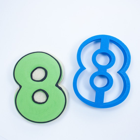 Number Eight Cookie Cutter