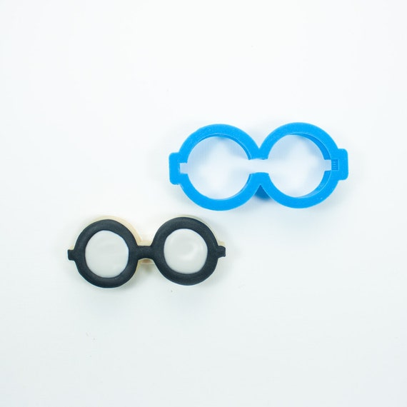 Round Glasses Cookie Cutter