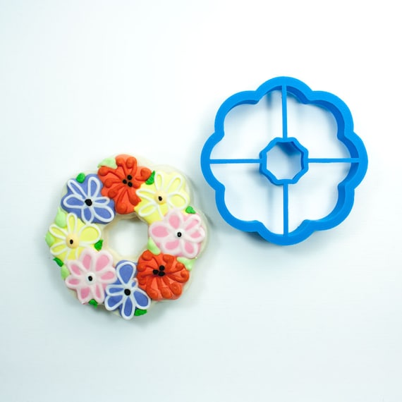 Simple Wreath Cookie Cutter | Fondant Cutter | Unique Cookie Cutter | 3D Printed Cookie Cutter | Wreath Cookie Cutter | Flower Cookie Cutter