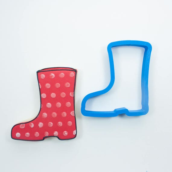 Simple Rainboot Cookie Cutter