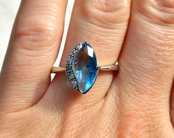 Aqua ring CZ cluster blue cocktail ring size 7.5
