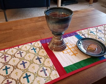 Portable Communion altar quilt, priest gift, clergy gift, ordination gift, pastor gift, minister gift, home altar cloth