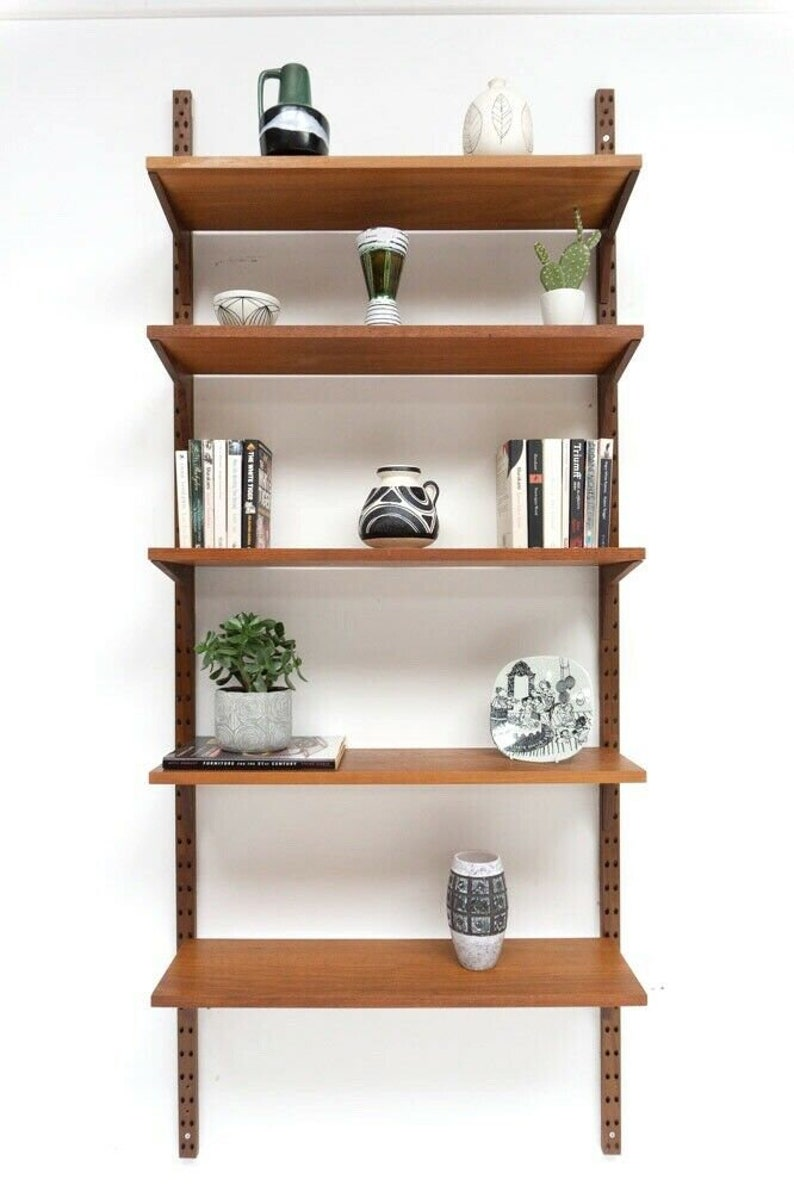 Superb Mid Century Danish Vintage Teak Cado Wall Shelving Bookcase 816