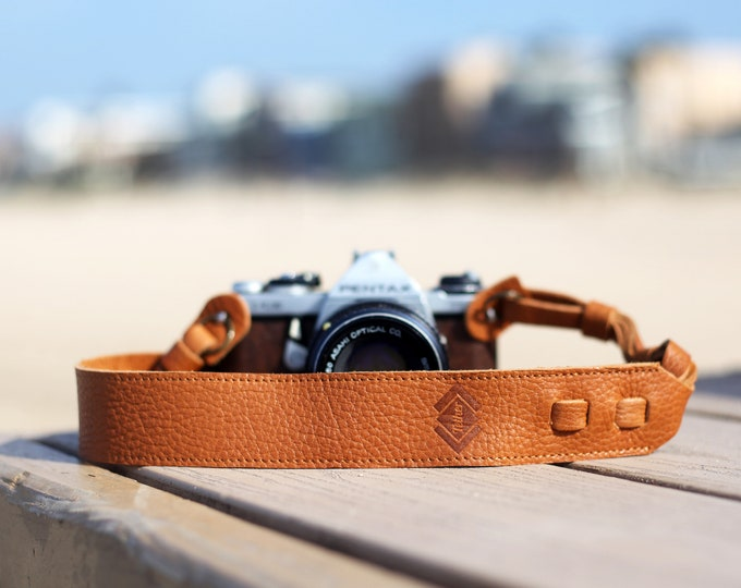 Leather camera straps