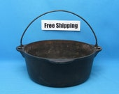Vintage Griswold Dutch Oven Tite Top Number 8, With Trivet, Free Shipping